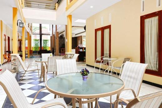 Ombey Guest House Bogor - Facilities