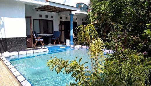 Villa Bella Malang - Pool