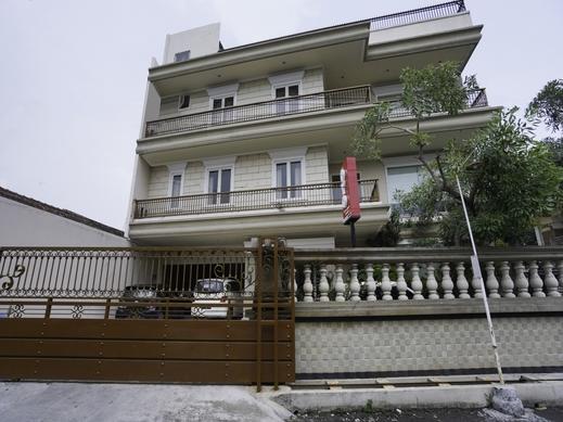 OYO 2680 Zeidan House Syariah Surabaya - Facade