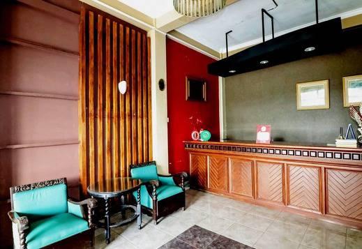 NIDA Rooms Selokan Mataram Depok Jogja - Resepsionis