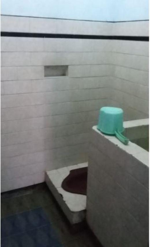 Villa Luhur Jaya Pasuruan - Bathroom