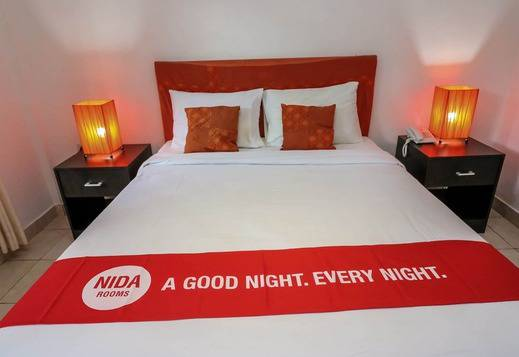 NIDA Rooms Kuta Segara Beach Comfy Bali - Kamar tamu