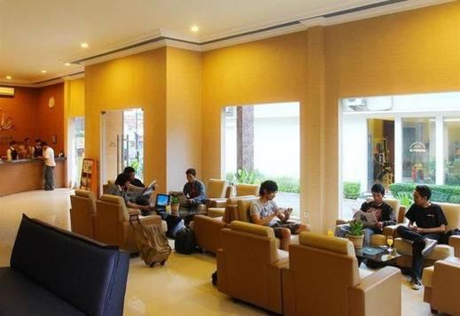 BJ Perdana Hotel Pasuruan - Lobi