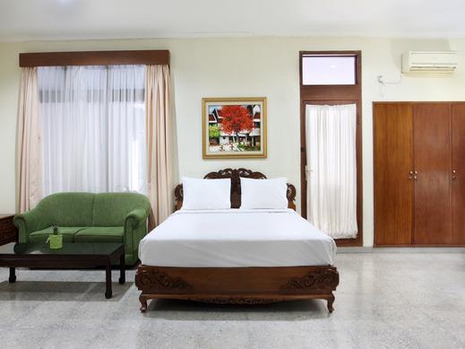 Griya Patria Guest House Jakarta - Bedroom