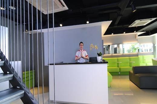 Swift Inn Aeropolis Airport  Tangerang - Receptionist