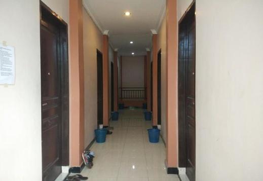 Pondok Brilliant Makassar - Corridor