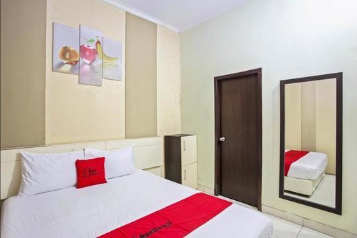 RedDoorz near Adisucipto Airport 3 Yogyakarta - Guestroom