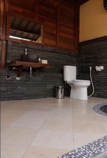 Mina Tanjung Hotel Bali - Bathroom
