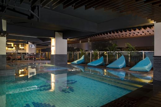 Best Western Premier La Grande Bandung - Swimming Pool