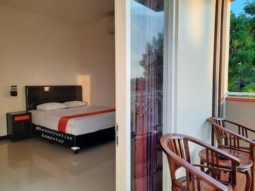 Hennoyustian Homestay Lamongan - Kamar dengan balkon pribadi