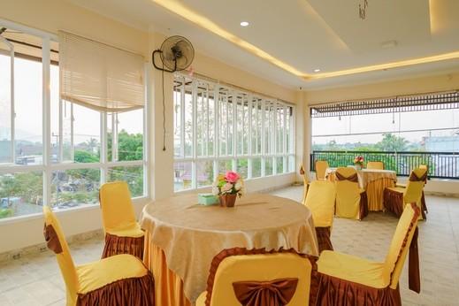 RedDoorz Plus @ Hotel Sempurna Watervang Lubuk Linggau Lubuklinggau - Photo