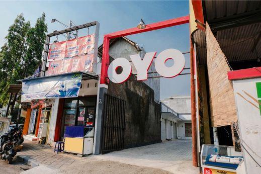 OYO 1475 Oemah Jawa Family Residence Jember - Facade