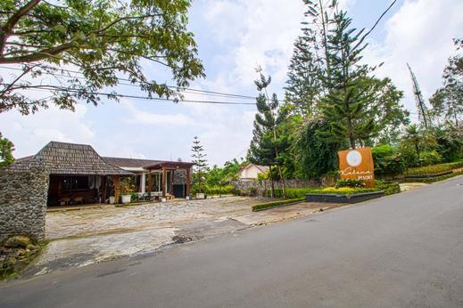 Kalana Resort Puncak - Gate