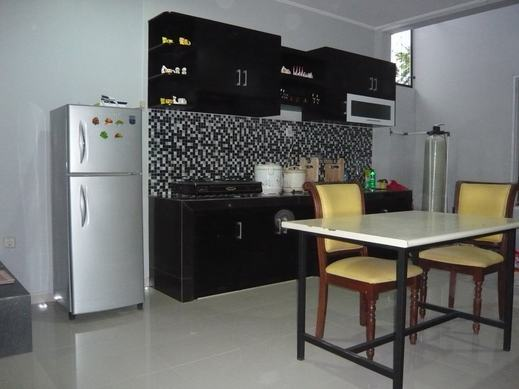 Guest House BJ12 Near AEON ICE BSD - Kitchen