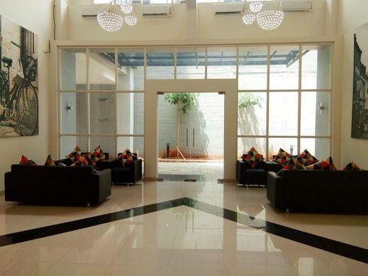 Votel Hotel Charis Tuban Tuban - interior