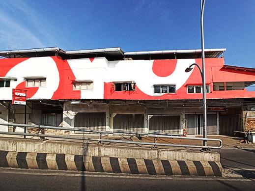 OYO 1705 Lyfriska Residence Bandar Lampung - Facade