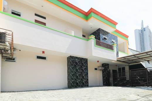 D'Rainbow West Homestay Surabaya - Hotel Area