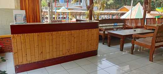 Gunung Bale Resort Mojokerto - Receptionis