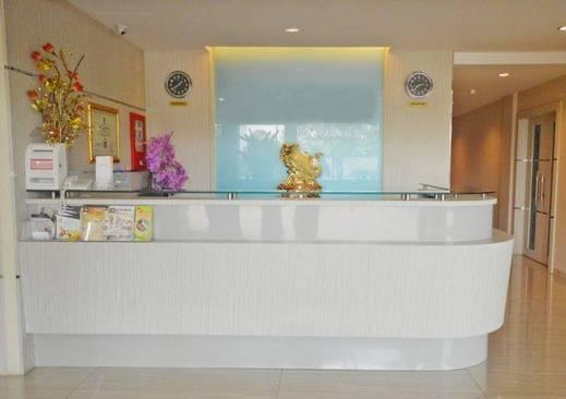 NIDA Rooms Anugrah Batam Central Batam - Resepsionis