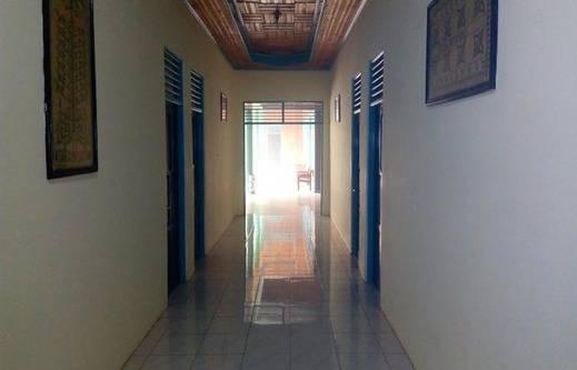 Hotel Batu Suli Palangka Raya - Corridor