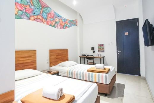 Istanaku Guesthouse 2 Manado - Twin Bedroom