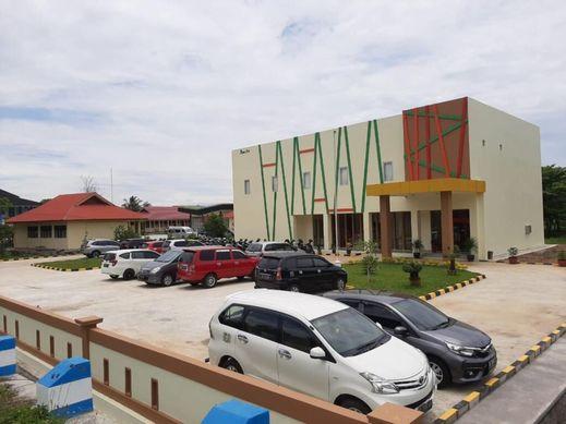 Hotel Pinus Bengkulu Bengkulu - Facade