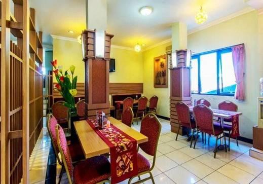 Hotel Cihampelas 1 Bandung - Dinning Room