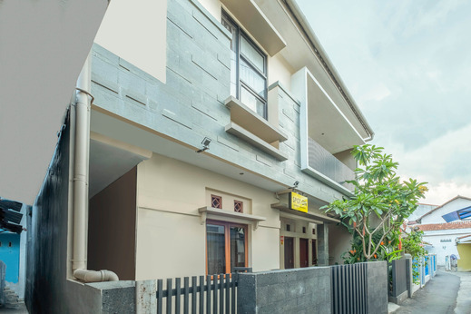 SPOT ON 2080 Rumah Kita Residence Tasikmalaya - Facade