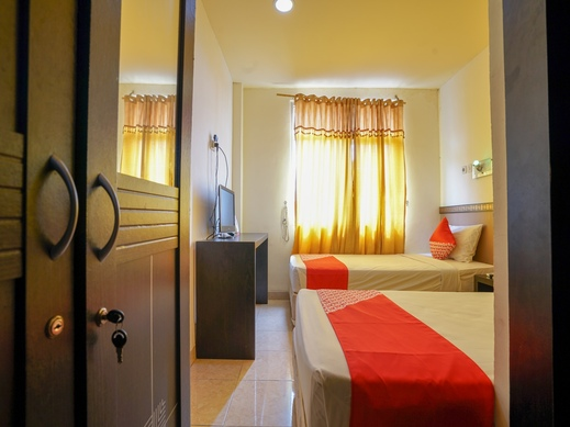 OYO 2255 Hotel Triantama Palembang - Htwin