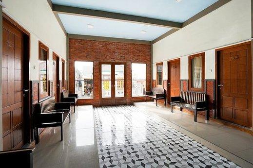 Rahayu Jawarika Bromo Hotel Probolinggo - Interior