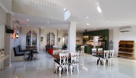 Omah Madam Bed & Breakfast Semarang - interior