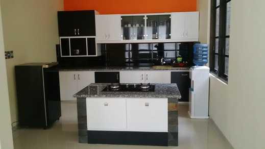 Villa EDM F22 By MakelarMbois Malang - Kitchen