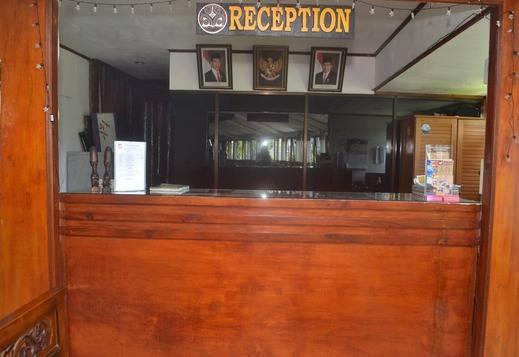NIDA Rooms Toba Samosir 2027 Tuk Tuk Siadong Samosir - Resepsionis