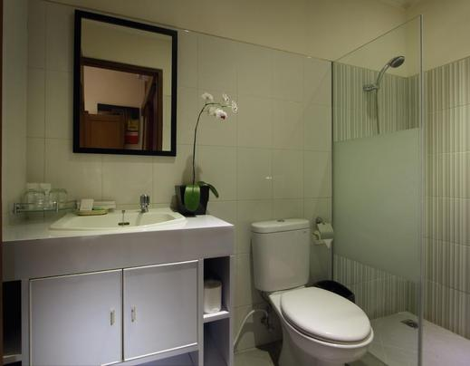 The Banyumas Villa Bali - Bathroom