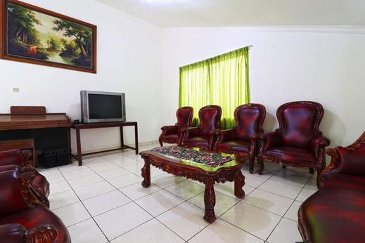 Wisma Lamida 2 Syariah Jakarta - Living Room