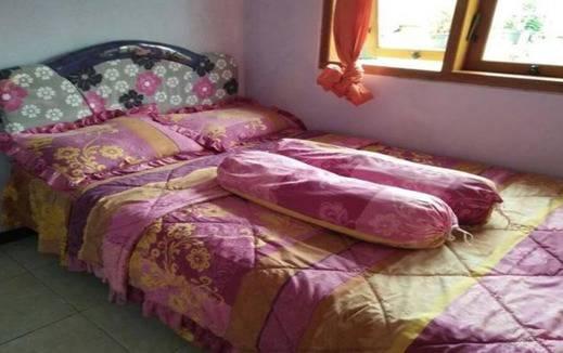 Homestay Angel Gunung Bromo Probolinggo - Kamar tidur