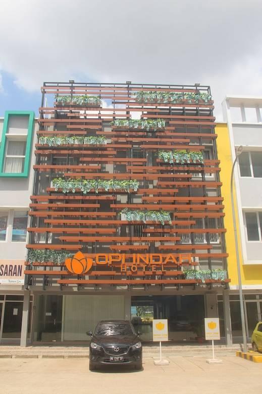 Opi Indah Hotel Palembang - Front of Property