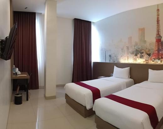 Opi Indah Hotel Palembang - Bedroom