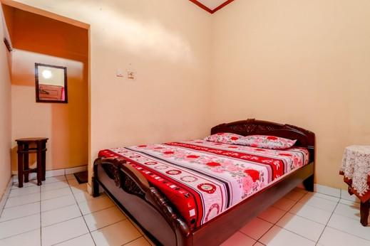 Griya Barokah Yogyakarta - Double Room with AC