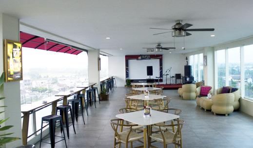 Java Lotus Hotel Jember Jember - Sky Lounge