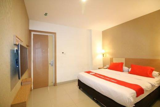 NIDA Rooms Pengayoman 7 Panakkukang Makassar -   Kamar tidur