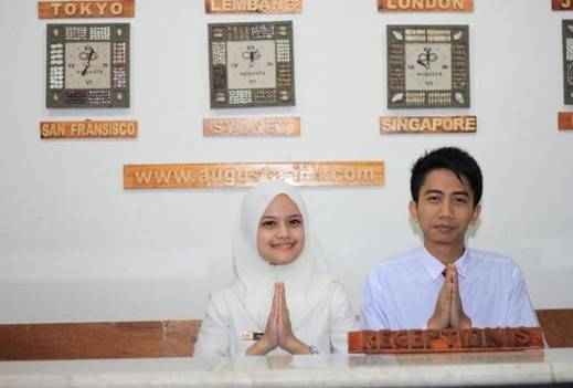 Hotel Augusta Lembang - Receptionist