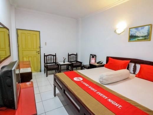 NIDA Rooms Latimojong Square Makassar - Kamar