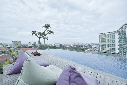 U Janevalla Bandung Bandung - Swimming Pool