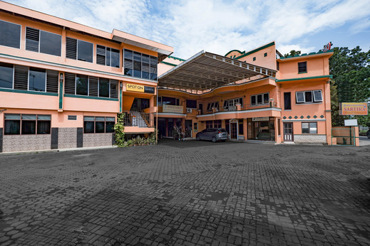 SPOT ON 2865 Sartika Inn Pati Pati - Facade