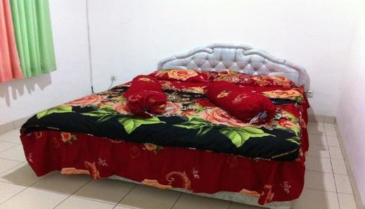 Villa Kota Bunga Dahlia Cianjur - Bedroom