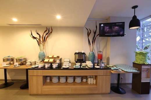 Hotel Citradream Tugu Yogyakarta Yogyakarta - Buffet