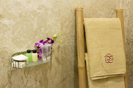 Villa CinCin Bali - Bathroom