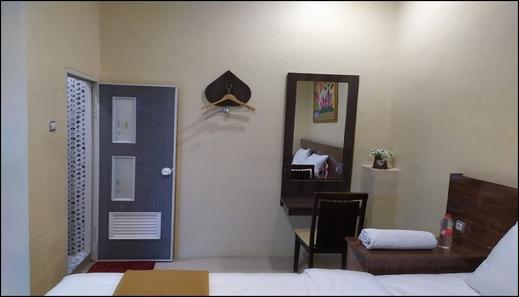 Hotel Grand Royal Pemalang - room
