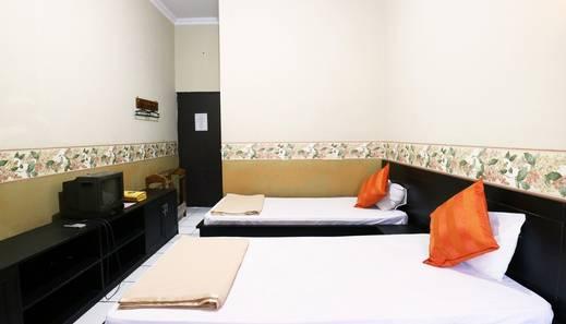 Hotel Wisata Magelang - Deluxe Room